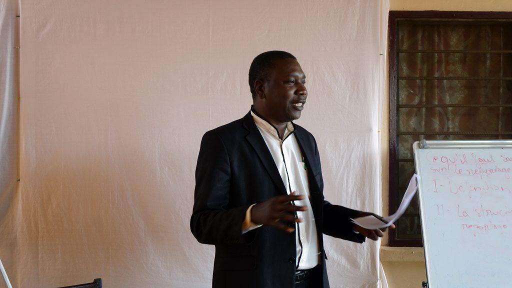 Alphonse Teyabe anime une formation